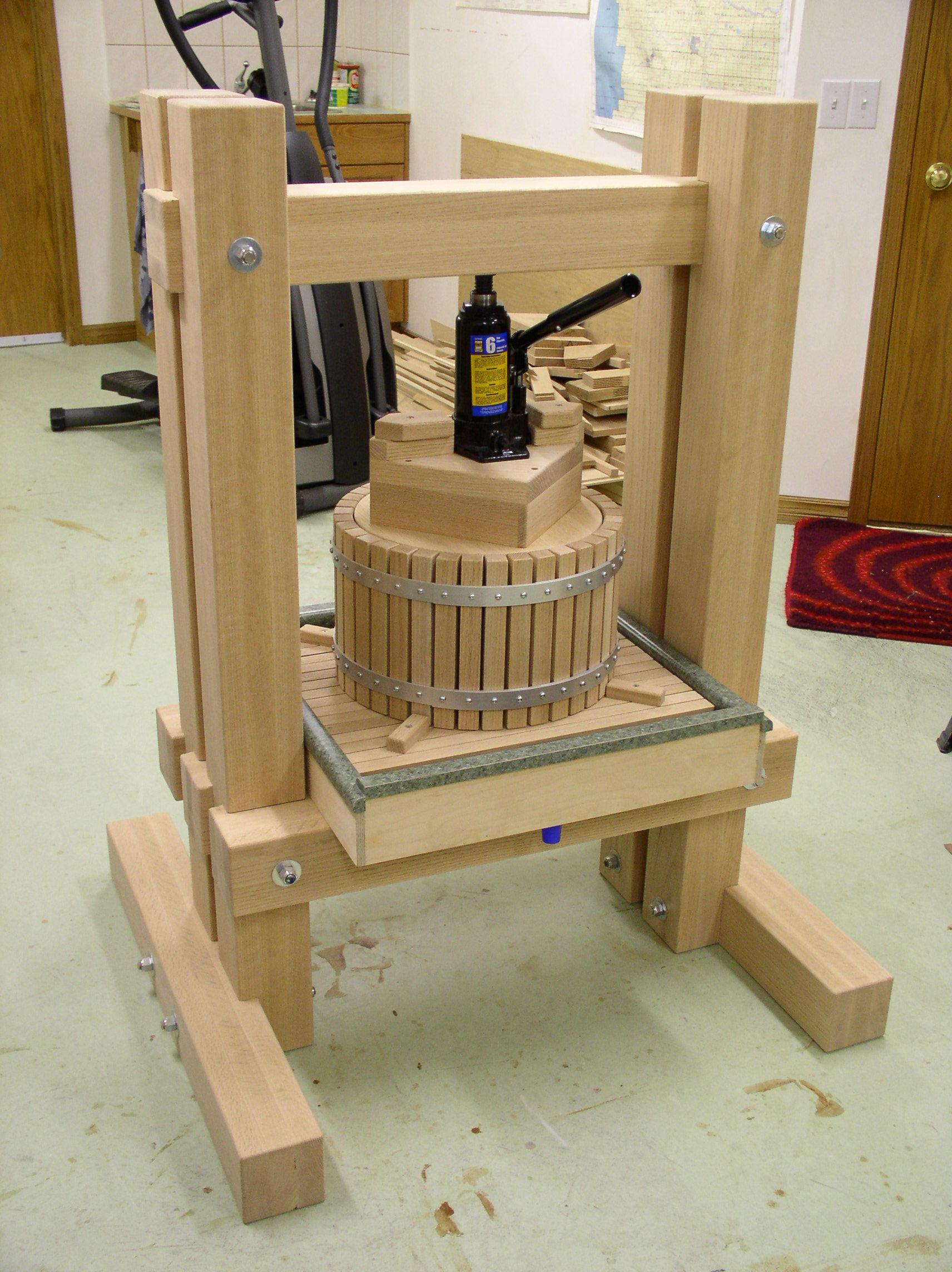 Free Apple Press Woodworking Plans And Information At